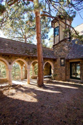 Rosedale courtyard
